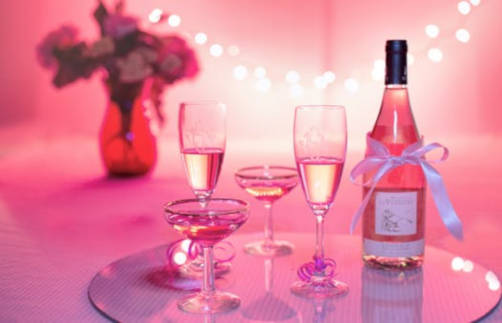 Personalised Sparkling Rosé Wine Category Image