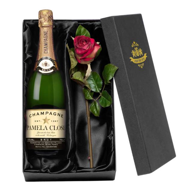 Personalised Champagne with Authentic Star occasions Label - Rose Giftpack