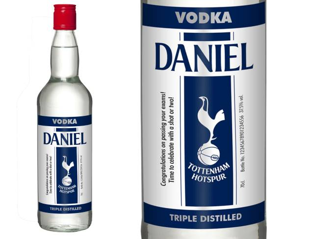 "Personalised Spurs Vodka ""Stripe"" Label in a Gold Gift Box"